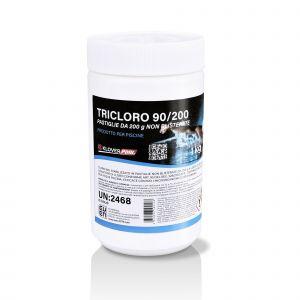 TRICLORO 90/200 in pastiglie, Cloro 90% stabilizzato in pastiglie da 200g. a lenta dissoluzione. Efficace contro i microrganismi cloro sensibili 1kg